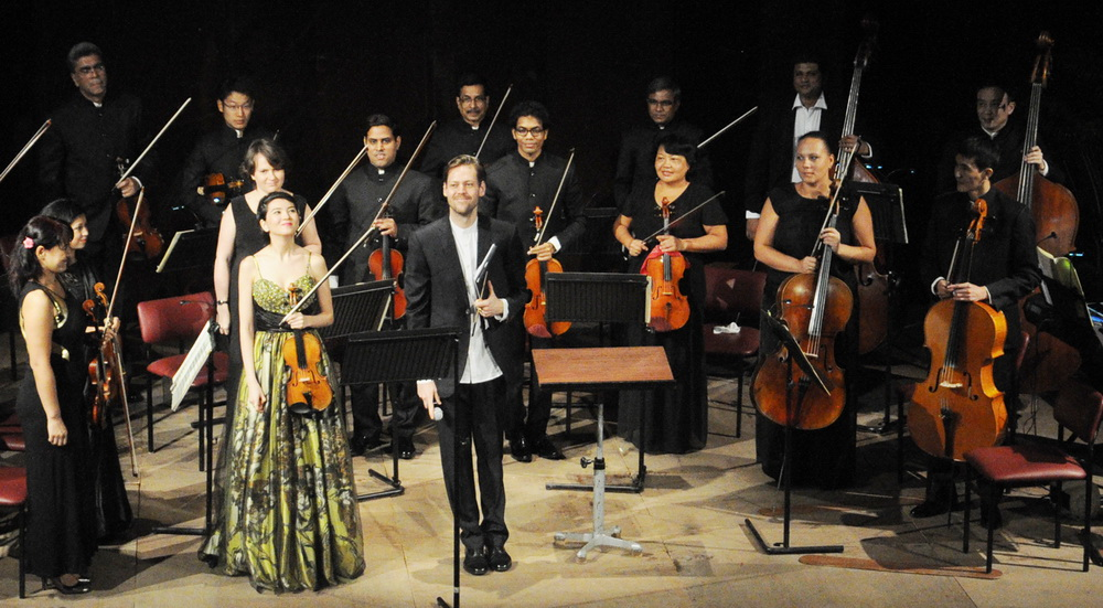 The Four Season : SOI Chamber Orchestra with Robert Ames (Conductor) and Galya Bisengalieve (Violin) at Experimental Theatre,NCPA on 05/03/2016. Photo By : NARENDRA DANGIYA